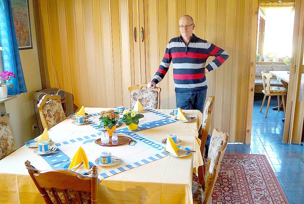 """Der Inhaber Andreas Strodtkötter begrüßt Sie gerne als seine Gäste und sorgt für einen schönen Aufenthalt in der Pension """"Ingrid"""". (Foto: Strodtkötter)"""