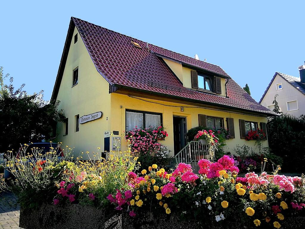 Die Pension Ingrid in Magstadt: Familiär geführt und stets mit herzlicher Gastlichkeit. (Foto: Strodtkötter)